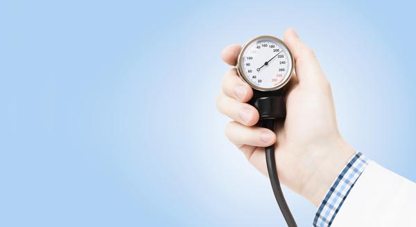 Sinais de hipertensão se confundem com pressão baixa